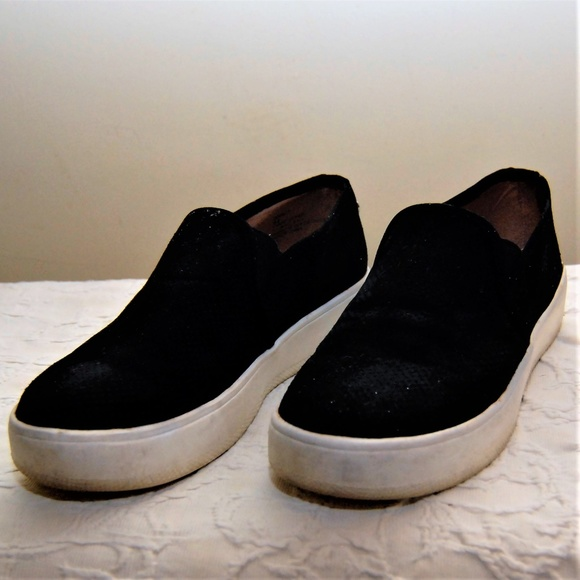 a8db6bc575d Steve Madden Black Gracy Slip On Sneaker Size 6.5.  M 5a51803cd39ca2afac0347b0